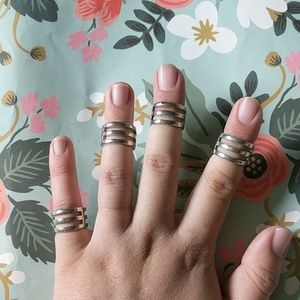 Silver nwot size 5 set of 4 rings